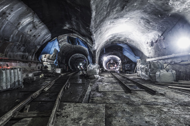 Unnamed subway track in New York City. (Photo by Dark Cyanide/Caters News)