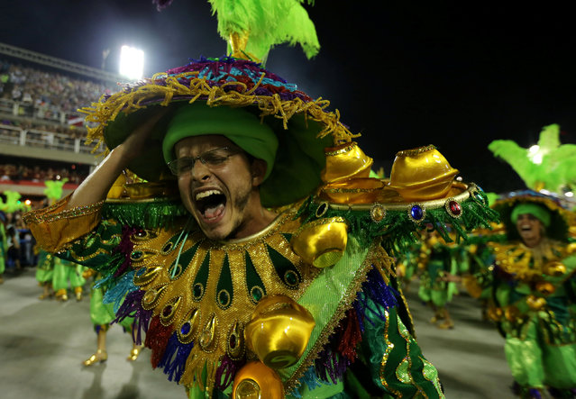 Revellers from Mocidade samba school perform during the second night of the carnival parade at the Sambadrome in Rio de Janeiro, Brazil February 28, 2017. (Photo by Sergio Moraes/Reuters)