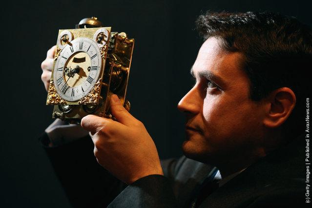 A Thomas Tompion miniature ebony bracket clock
