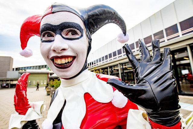 A cosplayer attends the Heroes Dutch Comic Con at Jaarbeurs in Utrecht, Netherlands on November 23, 2019. (Photo by Robin Utrecht/Rex Features/Shutterstock)