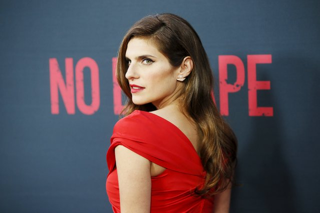 """Cast member Lake Bell poses at the premiere of the film """"No Escape"""" in Los Angeles, California August 17, 2015. (Photo by Danny Moloshok/Reuters)"""