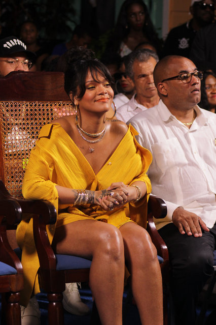 Rihanna attends a ceremony renaming the street where she grew up to Rihanna Drive in Bridgetown, Barbados on November 30, 2017. The Government of Barbados used the country;s Independence Day, to officially change the name of Westbury New Road located in St. Michael to Rihanna Drive in honour of Barbadian superstar Ms. Robyn Rihanna Fenty who grew up in Westbury New Road. (Photo by Splash News and Pictures)