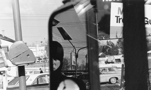 Filling station – rear view mirror, Hillcrest, New York, 1970. (Photo by Lee Friedlander)