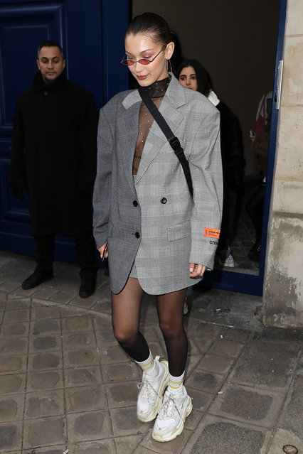Super Model Bella Hadid arrives at the Heron Preston : Presentation – Menswear Fall/Winter 2018-2019 show as part of Paris Fashion Week on January 17, 2018 in Paris, France. (Photo by Pierre Suu/Getty Images)