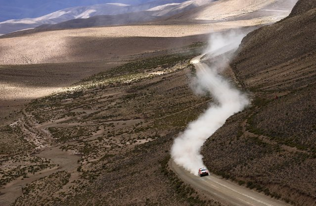 Ronan Chabot of France drives his Toyota during the seventh stage in the Dakar Rally 2016 near Uyuni, Bolivia, January 9, 2016. (Photo by Marcos Brindicci/Reuters)