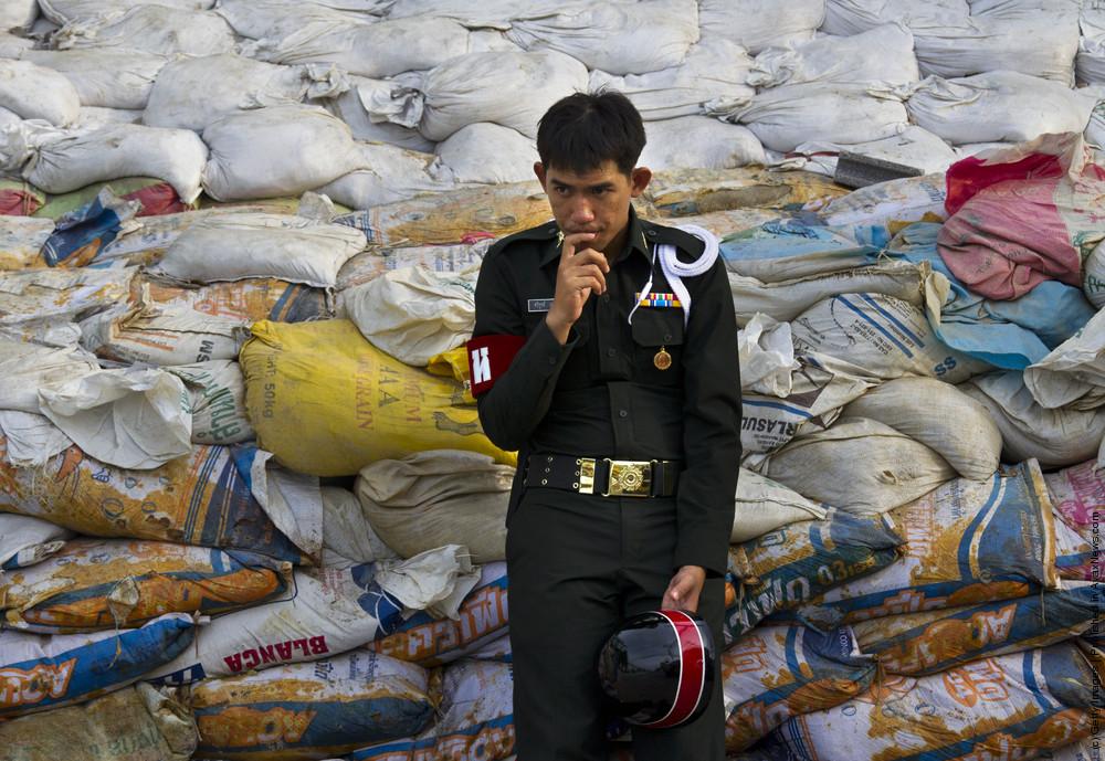 Bangkok Floods Continue