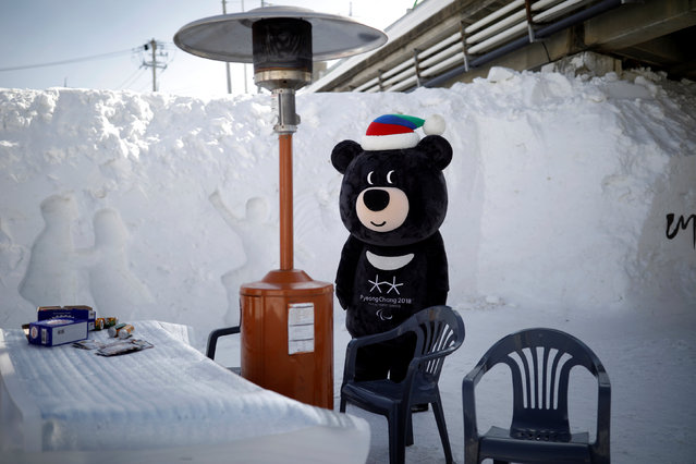 The mascot for the 2018 PyeongChang Winter Olympics Bandabi rests during the Pyeongchang Winter Festival, near the venue for the opening and closing ceremony of the PyeongChang 2018 Winter Olympic Games in Pyeongchang, South Korea, February 10, 2017. (Photo by Kim Hong-Ji/Reuters)