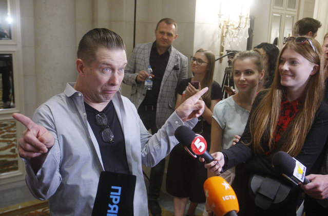 US Hollywood actor Stephen Baldwin speaks during a press conference in Kyiv, Ukraine, 30 May, 2019. Stephen Baldwin arrived in Kyiv to take part in the National Prayer breakfast. (Photo by STR/NurPhoto via Getty Images)