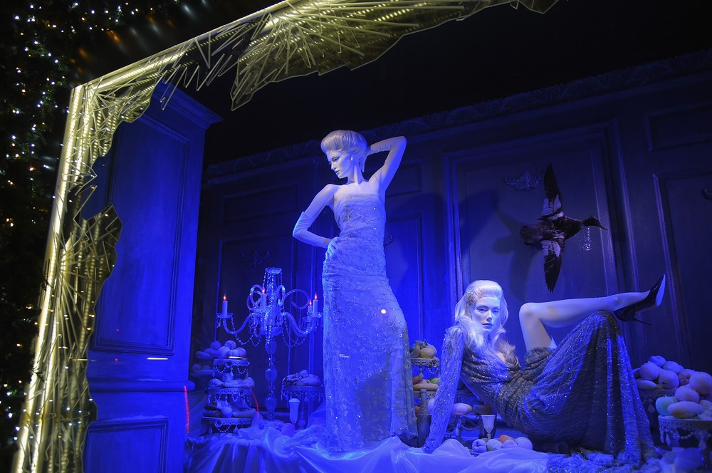 Holiday Shopping Windows in New York