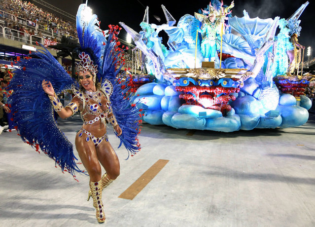 Members of the Uniao da Ilha do Governador Samba School perform during the first day of the Special Group Samba Schools parade of Carnival at the Sambadrome in Rio de Janeiro, Brazil, 07 February 2016. (Photo by Luiz Eduardo Perez/EPA)