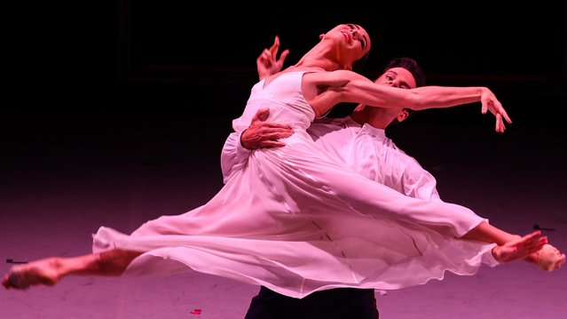 """Ballet dancers Diana Vishneva and Marcelo Gomes perform in a scene from the Perm Academic Opera and Ballet Theatre's one-act production of Sergei Prokofiev's ballet """"Scheherazade"""" staged at Mossovet Theatre as part of the 2021 Context in Moscow, Russia on September 2, 2021. (Photo by Vladimir Gerdo/Diana Vishneva Festival/TASS)"""