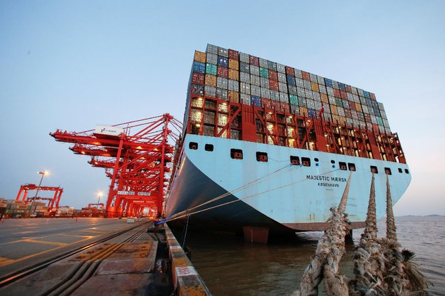 The Maersk's Triple-E giant container ship Maersk Majestic, one of the world's largest container ships, is seen at the Yangshan Deep Water Port, part of the Shanghai Free Trade Zone, in Shanghai, China, September 24, 2016. (Photo by Aly Song/Reuters)