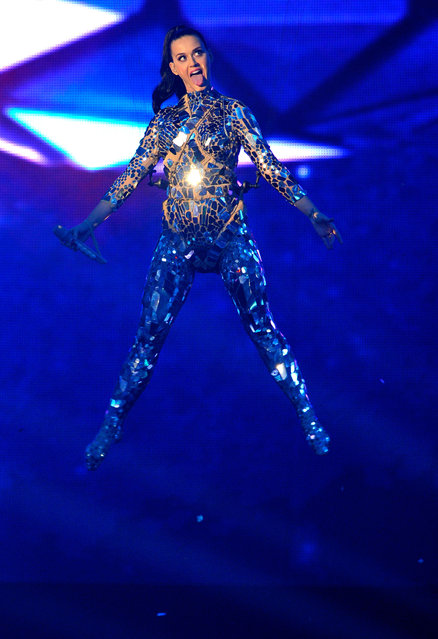 Katy Perry performs onstage during the MTV EMA's 2013 at the Ziggo Dome on November 10, 2013 in Amsterdam, Netherlands. (Photo by Gareth Cattermole/Getty Images for MTV)