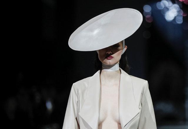 A model presents a creation by Ukrainian designer Oksana Ostrovska during Ukrainian Fashion Week in Kiev, Ukraine, February 4, 2019. (Photo by Valentyn Ogirenko/Reuters)
