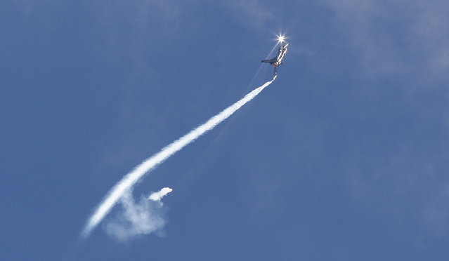 A Lockheed Martin F-16 of the Turkish Air Force performs during an acceptance flight at the upcoming ILA Berlin Air Show in Selchow near Schoenefeld south of Berlin May 19, 2014. (Photo by Tobias Schwarz/Reuters)