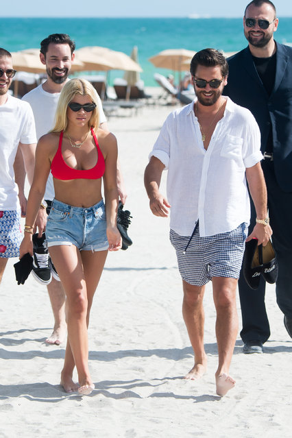 Scott Disick and girlfriend Sofia Richie are seen together in Miami Beach, USA on December 6, 2017. Sofia was wearing a bright red bikini. (Photo by AM/Splash News and Pictures)