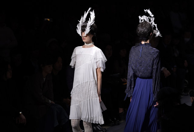Models display creation by Ohalu Ando of Japan during the 2018 Autumn/Winter Collection at the Tokyo Fashion Week in Tokyo, Tuesday, March 20, 2018. (Photo by Shizuo Kambayashi/AP Photo)