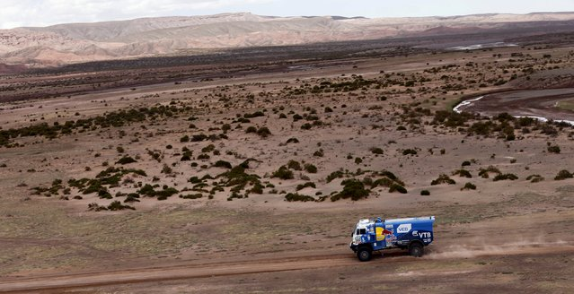 Eduard Nikolaev of Russia drives his Kamaz truck during the seventh stage in the Dakar Rally 2016 near Uyuni, Bolivia, January 9, 2016. (Photo by Marcos Brindicci/Reuters)