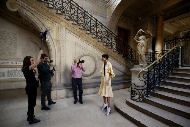 A model presents a creation before the Victoria/Tomas Spring/Summer 2019 women's ready-to-wear collection show during Paris Fashion Week in Paris, France, September 25, 2018. (Photo by Stephane Mahe/Reuters)