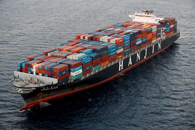 A Hanjin Shipping Co ship is seen stranded outside the Port of Long Beach, California, September 8, 2016. (Photo by Lucy Nicholson/Reuters)