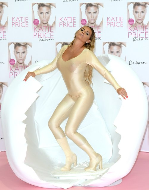 """Katie Price unveils her new Book """"Reborn"""" at The Worx on September 21, 2016 in London, United Kingdom. (Photo by Luca Teuchmann/WireImage)"""