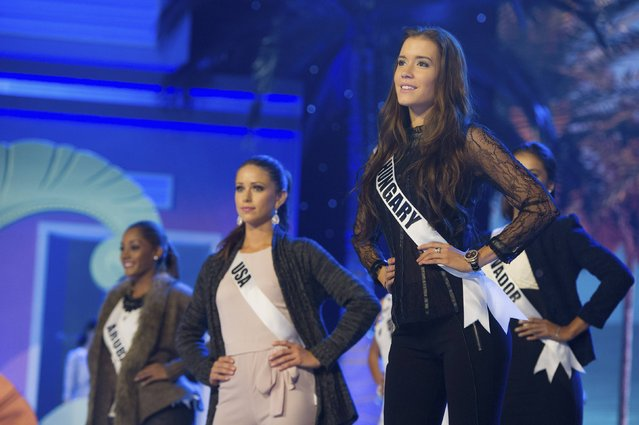 (L-R) Miss Aruba 2014 Digene Zimmerman, Miss USA 2014 Nia Sanchez, and Miss Hungary 2014 Henrietta Kelemen rehearse for the 63rd Annual Miss Universe Pageant at Florida International University in Miami, Florida January 23, 2015. (Photo by Reuters/Miss Universe Organization)