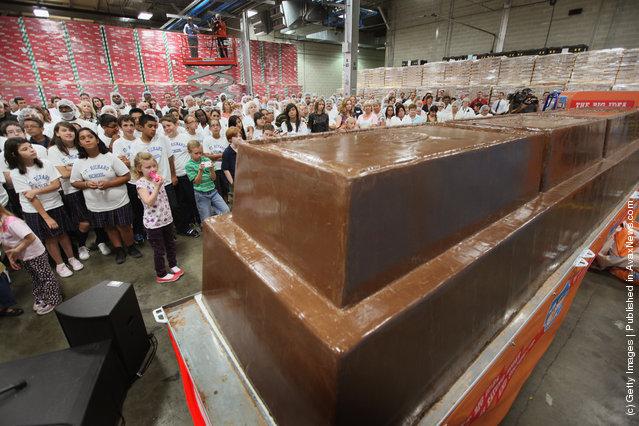 World largest chocolate bar