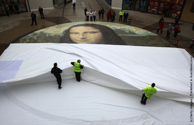 World's Biggest Copy Of Mona Lisa