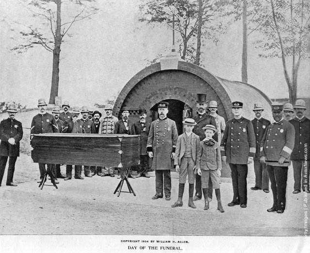 1885: The coffin of General Ulysses Simpson Grant, 18th president of the United States, on the day of his funeral