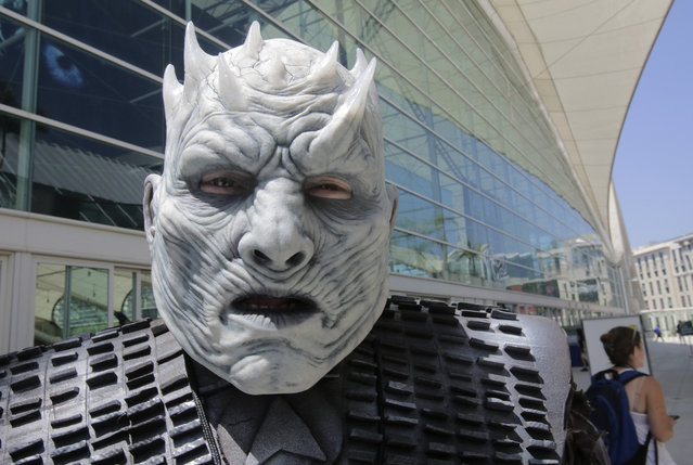 The Night King from the Game of Thrones roams Comic-Con 2017 in San Diego, California, July 22, 2017. (Photo by Bill Wechter/AFP Photo)