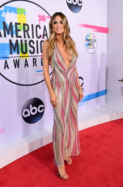 Heidi Klum attends the 2017 American Music Awards at Microsoft Theater on November 19, 2017 in Los Angeles, California. (Photo by Emma McIntyre/AMA2017/Getty Images for dcp)