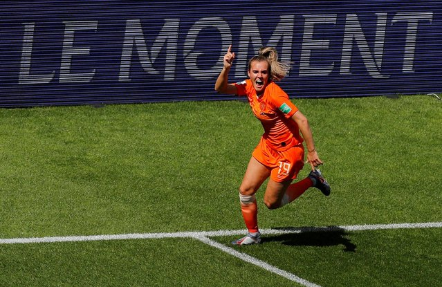 Netherlands' midfielder Jill Roord (C) celebrates after scoring a goal during the France 2019 Women's World Cup Group E football match between New Zealand and the Netherlands, on June 11, 2019, at the Oceane Stadium in Le Havre, northwestern France. (Photo by Phil Noble/Reuters)