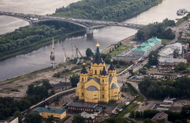 An aerial view of the Alexander Nevsky cathedral in the town of Nizhny Novgorod, Russia, July 10, 2015. (Photo by Maxim Shemetov/Reuters)