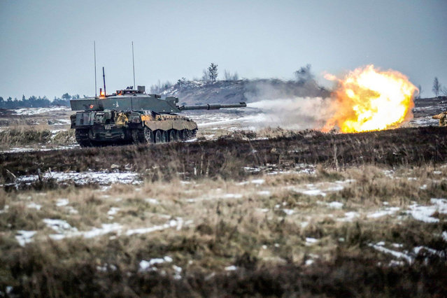 """Challenger 2 Heat"" by Corporal Dean Docwra which has won Amateur Portfolio; Army Photographic Competition, Britain, October 8, 2014. (Photo by MoD/Geoff Robinson Photography/REX Features)"