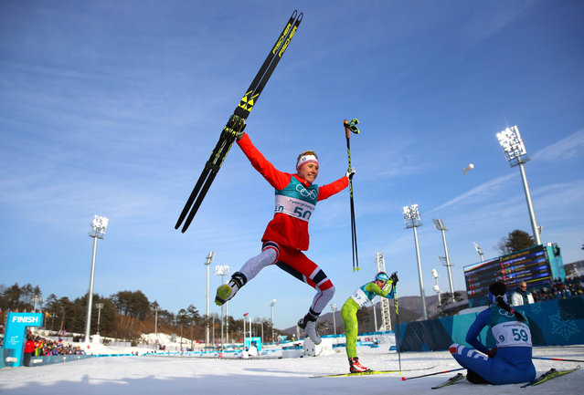 Norway' s Ragnhild Haga celebrates winning gold at the end of the women' s 10 km freestyle cross- country competition at the Alpensia cross country ski centre during the Pyeongchang 2018 Winter Olympic Games on February 15, 2018 in Pyeongchang. (Photo by Carlos Barria/Reuters)