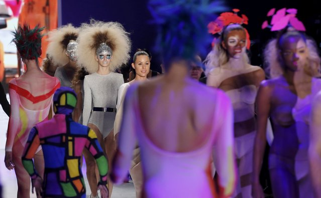 Models present makeup creations during a show by Maybelline New York at the Berlin Fashion Week Autumn/Winter 2015 in Berlin January 19, 2015. (Photo by Fabrizio Bensch/Reuters)