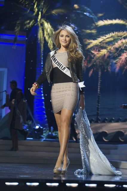 Miss Venezuela 2014 Migbelis Castellanos rehearses for the 63rd Annual Miss Universe Pageant at Florida International University in Miami, Florida, January 23, 2015. (Photo by Reuters/Miss Universe Organization)