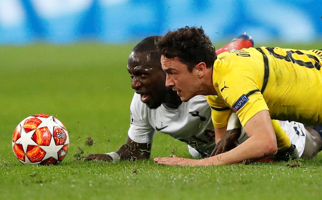Borussia Dortmund's Thomas Delaney in action with Tottenham's Moussa Sissoko during the UEFA Champions League round of 16 first leg football match between Tottenham Hotspur and Borussia Dortmund at Wembley Stadium in London on February 13, 2019. (Photo by David Klein/Reuters)
