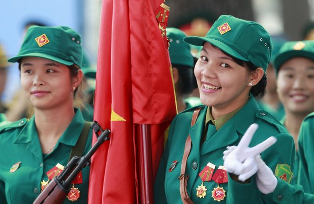 Vietnamese female paramilitary personnel take part during a rehearsal for a military parade as part of the 40th anniversary of the fall of Saigon in southern Ho Chi Minh City (formerly Saigon City), Vietnam, on April 26, 2015. (Photo by Reuters/Kham)
