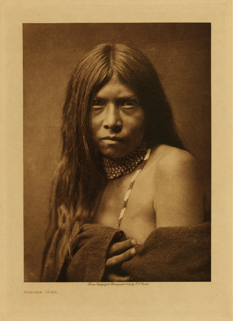 An Apache girl in 1906. (Photo by Edward S. Curtis)