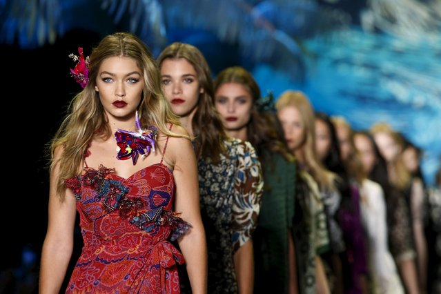 Model Gigi Hadid (front) presents a creation from the Anna Sui Spring/Summer 2016 collection during New York Fashion Week in New York September 16, 2015. (Photo by Eduardo Munoz/Reuters)