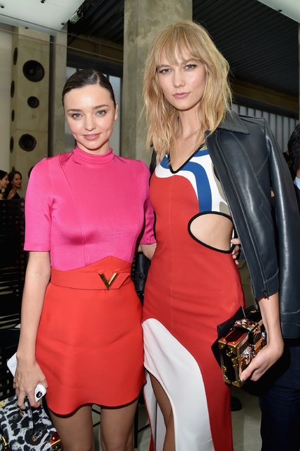 Miranda Kerr and Karlie Kloss attend the Louis Vuitton show as part of the Paris Fashion Week Womenswear Spring/Summer 2017  on October 5, 2016 in Paris, France. (Photo by Pascal Le Segretain/Getty Images)