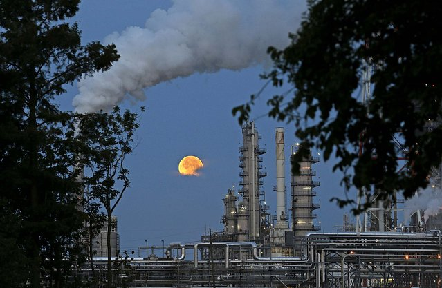 A refinery in Norco, Louisiana, on Sunday. (Photo by Gerald Herbert/Associated Press)