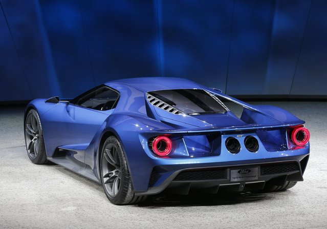 The Ford GT, which goes into production in 2016, is displayed during the first press preview day of the North American International Auto Show in Detroit, Michigan in this January 12, 2015 file photo. Ford Motor Co will build its new GT carbon fiber supercar in Markham, Ontario, the company announced at the Canadian International Auto Show on February 12, 2015. (Photo by Mark Blinch/Reuters)