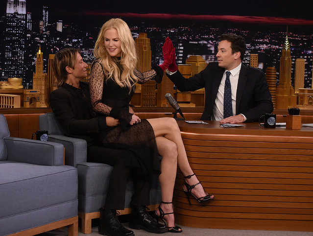 """Keith Urban, Nicole Kidman and host Jimmy Fallon during a segment on """"The Tonight Show Starring Jimmy Fallon"""" at Rockefeller Center on November 16, 2016 in New York City. (Photo by Jamie McCarthy/Getty Images)"""