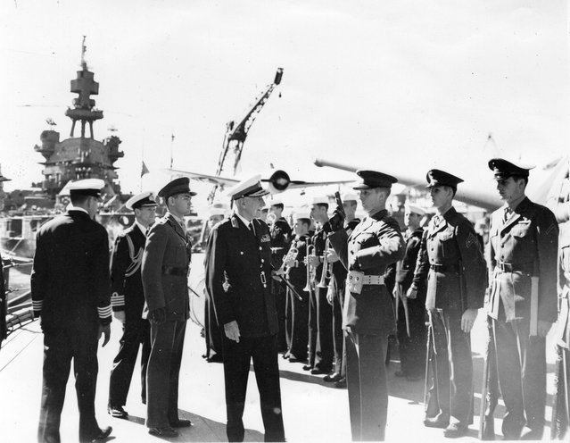 At Sidney, Lord Gowrie, Governor General of Australia, makes inspection