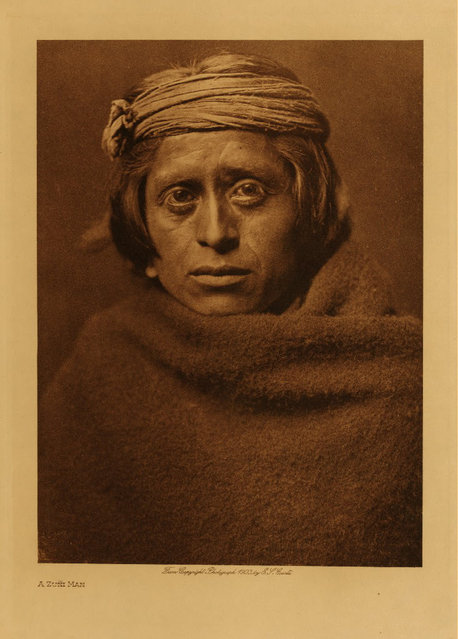 A Zuni man in 1903. (Photo by Edward S. Curtis)