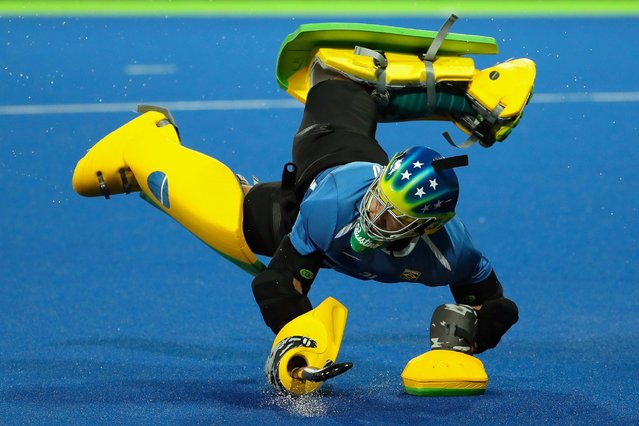 Goalkeeper Rodrigo Faustino of Brazil warms up before the men's field hockey game against Great Britain, on August 9, 2016. (Photo by Christian Petersen/Getty Images)