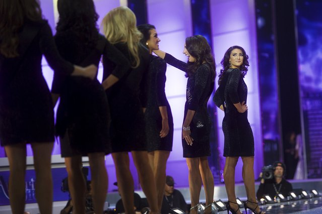 Contestants walk the runway during the Miss America Pageant at Boardwalk Hall, in Atlantic City, New Jersey, September 13, 2015. (Photo by Mark Makela/Reuters)