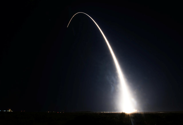 A United Launch Alliance Delta II rocket carrying a NASA/National Oceanic and Atmospheric Administration satellite launches from Space Launch Complex-2 in Vandenberg Air Force Base, California, U.S., November 18, 2017. (Photo by Ian Dudley/Reuters/U.S. Air Force)